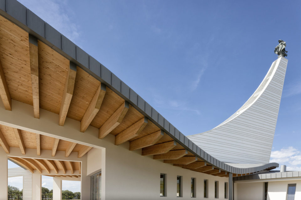 FavrinDesign-Capitana-Mar-chiesa-jesolo