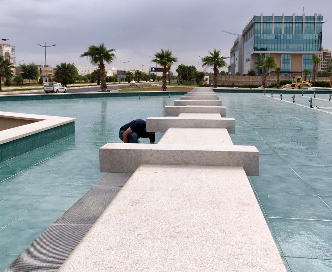 FavrinDesign-fontane-Erbil-Empire-World-bordo-pietra
